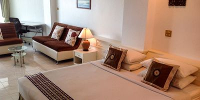 Sea View Studio Condo on 9th Floor in Phuket Palace, Patong